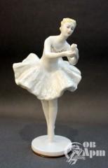 Скульптура Балерина с цветком